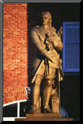 Picture of Cromwell's statue at Warrington
